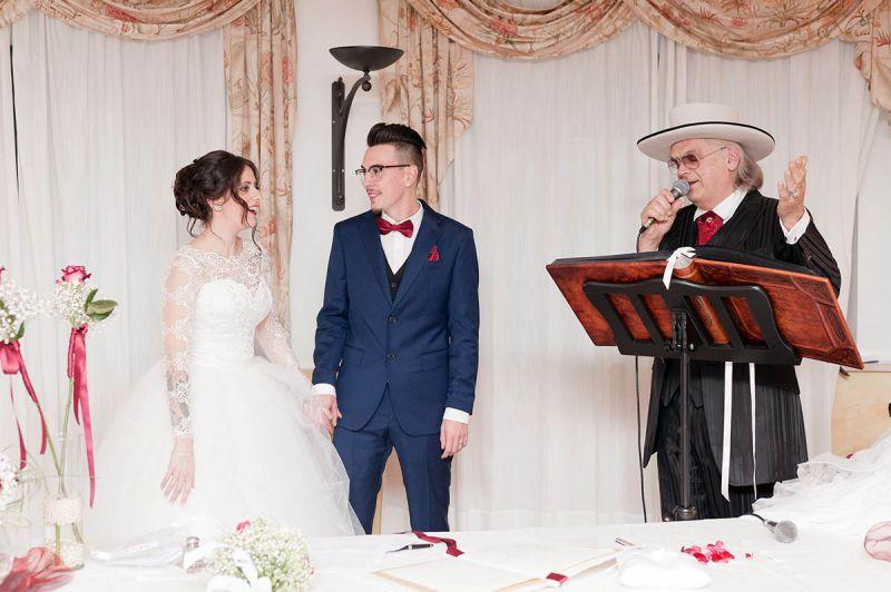 Celebrante Matrimonio Simbolico Piemonte : Aziende fornitori sposi per organizzare il matrimonio in torino e